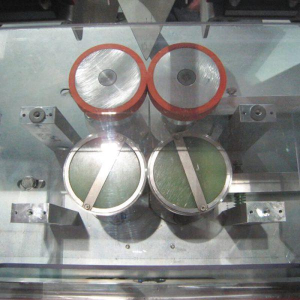 Máquina embolsadora Film semiautomática Zed dm-pack-4