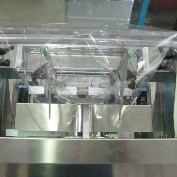 Máquina embolsadora Film semiauto Zed dm pack-8